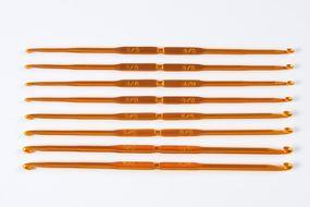 Agulha de crochê com ponta dupla de aço.