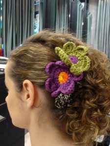 Flor de crochê - penteado do blog Feeling so Fucking Pretty