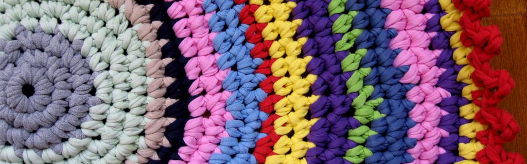 Tapete de crochê - paleta colorida