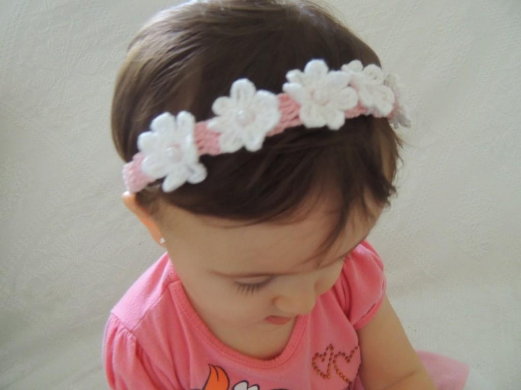 Tiara de Crochê com Florzinhas-1