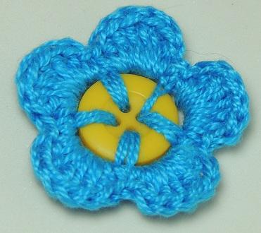 Flor de Crochê em Botões - azul