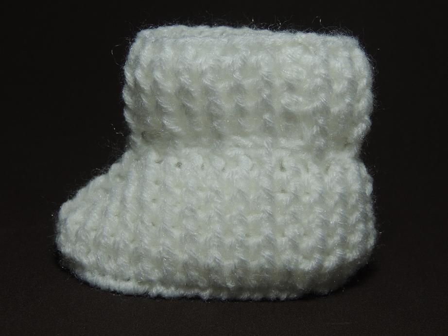 Sapatinho de crochê tradicional 3